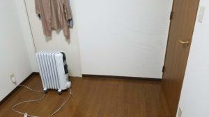 部屋に置いてあるデロンギの写真